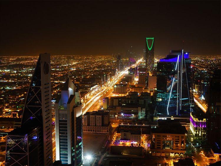 Riyadh_skyline,_Saudi_Arabia